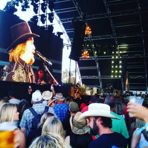 Travis Tritt just owned the Palomino Stage at stagecoach2017