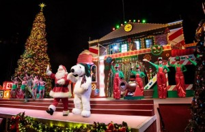 Knotts Merry Farm is now taking place. (Sabina Ibarra/Living Out Loud LA)