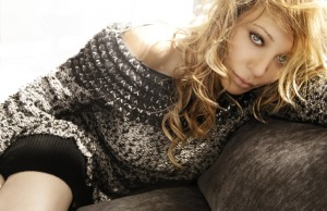 Pop icon Taylor Dayne performs in Beverly Hills on June 6 and 7.