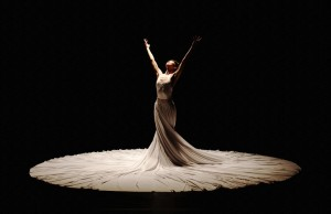 "Jessica Lang Dance performed six pieces, including ""The Calling,"" on Friday evening. (Takao Komaru)"