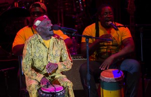 In between songs, Jimmy Cliff engaged the Bowl crowd by talking and smiling. (Rafael Orellana/Living Out Loud LA)