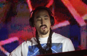EDM DJ Steve Aoki performs on Sunday, Feb. 22, 2015 during Air+Style at the Rose Bowl in Pasadena, Calif. (Evan Solano/Living Out Loud LA)