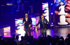 "(l-r) Mijares and Emmanuel perform together on Friday, March 13, 2015 during their ""Two'r Amigos"" show at Nokia Theatre L.A. LIVE. (Ramon Aviles/Living Out Loud LA)"