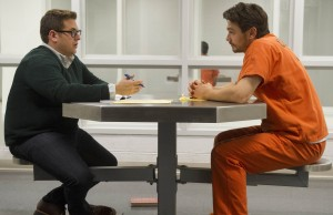 (L-R) Jonah Hill as Mike Finkel and James Franco as Christian Longo in a scene from True Story. (Mary Cybulski/Fox Searchlight Pictures)