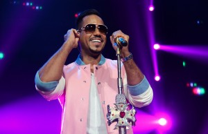 Bachata singer-songwriter Romeo Santos, pictured here performig on Saturday, May 23, 2015 at the Honda Center in Anaheim, Calif., is an absolute heartthrob. (Marvin Vasquez/Living Out Loud LA)