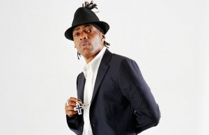 "Coolio performs new songs and hits like ""Gangsta's Paradise"" and ""Fantastic Voyage"" at the Canyon Club."