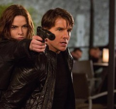 Ilsa Faust (Rebecca Ferguson) and Ethan Hunt (Tom Cruise) in Mission: Impossible – Rogue Nation (Paramount Pictures)