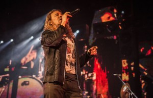 Vocalist Fher Olvera, pictured performing at Staples Center, founded Maná in 1986. (Rafael Orellana/LOL-LA)