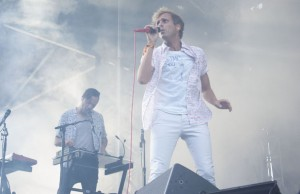 AWOLNATION was a real head-turner on Saturday afternoon at the debut of Kaaboo. (Patrick Meissner/LOL-LA)
