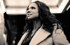 The Bowl audience tapped their feet, sang out loud and enjoyed the artistry of singer/actress Audra McDonald Tuesday.
