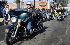 Love Ride Grand Marshall Jay Leno leads the crew from Glendale to Castaic Lake. (Gene Blevins/Los Angeles Daily News)