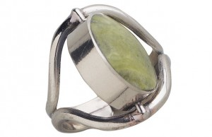 The Choose Your Mood Ring with its green serpentine stone from Ten Thousand Villages