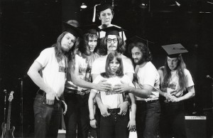Garry Goodrow, Peter Elbling, Chevy Chase, Christopher Guest, John Belushi, Mary-Jennifer Mitchell and Alice Peyton in Drunk Stoned Brilliant Dead  (National Lampoon/Magnolia Pictures)