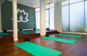Health LA offers everything from yoga and personal training to organic spa treatments and holistic health coaching.