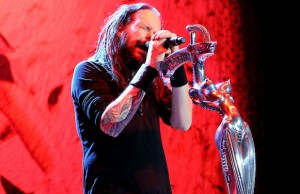 "One simple question from Korn's Jonathan Davis – ""Are you ready!?"" – incited chaos at Knotfest. (Evan Solano/LOL-LA)"