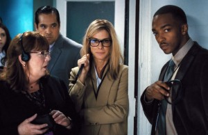 Ann Dowd, Sandra Bullock and Anthony Mackie in Our Brand Is Crisis (Warner Bros. Pictures)