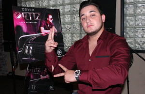 "Kevin Ortiz just released his new single, ""Bien Enamorado,"" along with its music video. (Ramon Aviles/LOL-LA)"