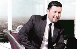 Regional Mexican singer Roberto Tapia received a star from the Las Vegas Walk of Stars.