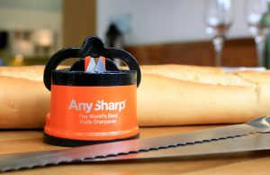 AnySharp Pro sharpens all steel knives, even serrated ones, quickly and easily.