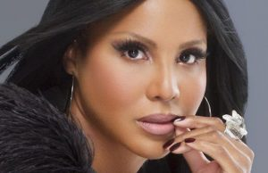 You'll be singing along with Toni Braxton when she performs at Microsoft Theater.