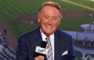 Hall of Fame broadcaster Vin Scully receives the highest civilian honor Nov. 22.