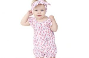 juDanzy's Tweet Bubble Romper is perfect for spring and summer.