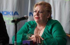 Regional Mexican music singer Paquita La Del Barrio during a press conference in 2014. (Rafael Orellana/LOL-LA)