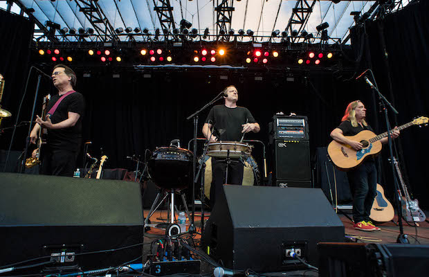"Not a single audience member was sitting when Violent Femmes performed ""Blister in the Sun."" (Taylor Wong/LOL-LA)"