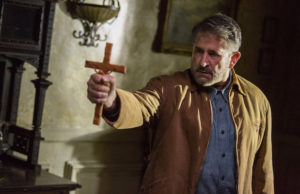 Anthony LaPaglia in Annabelle: Creation