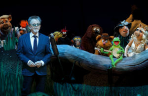 """""""Rainbow Connection"""" featured Paul Williams with the Muppets during The Muppets Take the Bowl.  (Craig T. Mathew/Mathew Imaging)"""