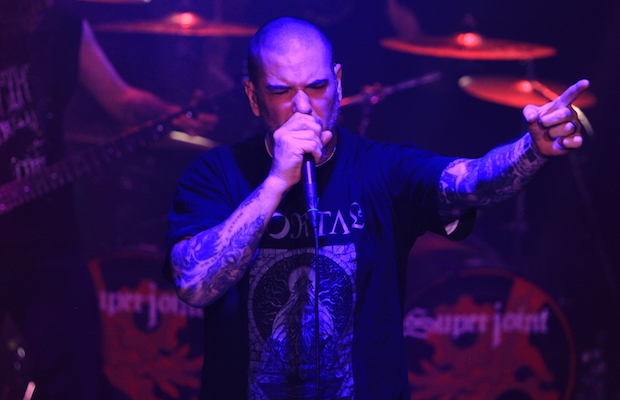Phil Anselmo of Superjoint at the Whisky A Go Go Sept. 27 (David Tobin/LOL-LA)