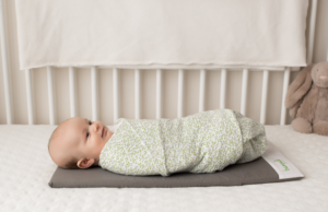 Tranquilo Mat's large mat is ideal for placing on top of a mattress.